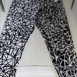 Nike Pants - Nike Large Women's Black White Leggings